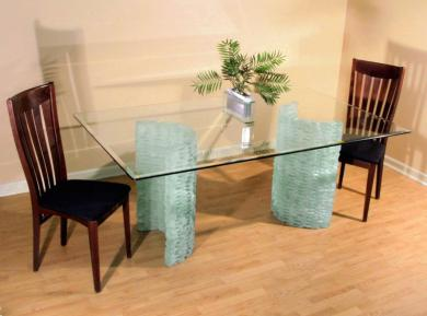 Preserve a good looking glass table top